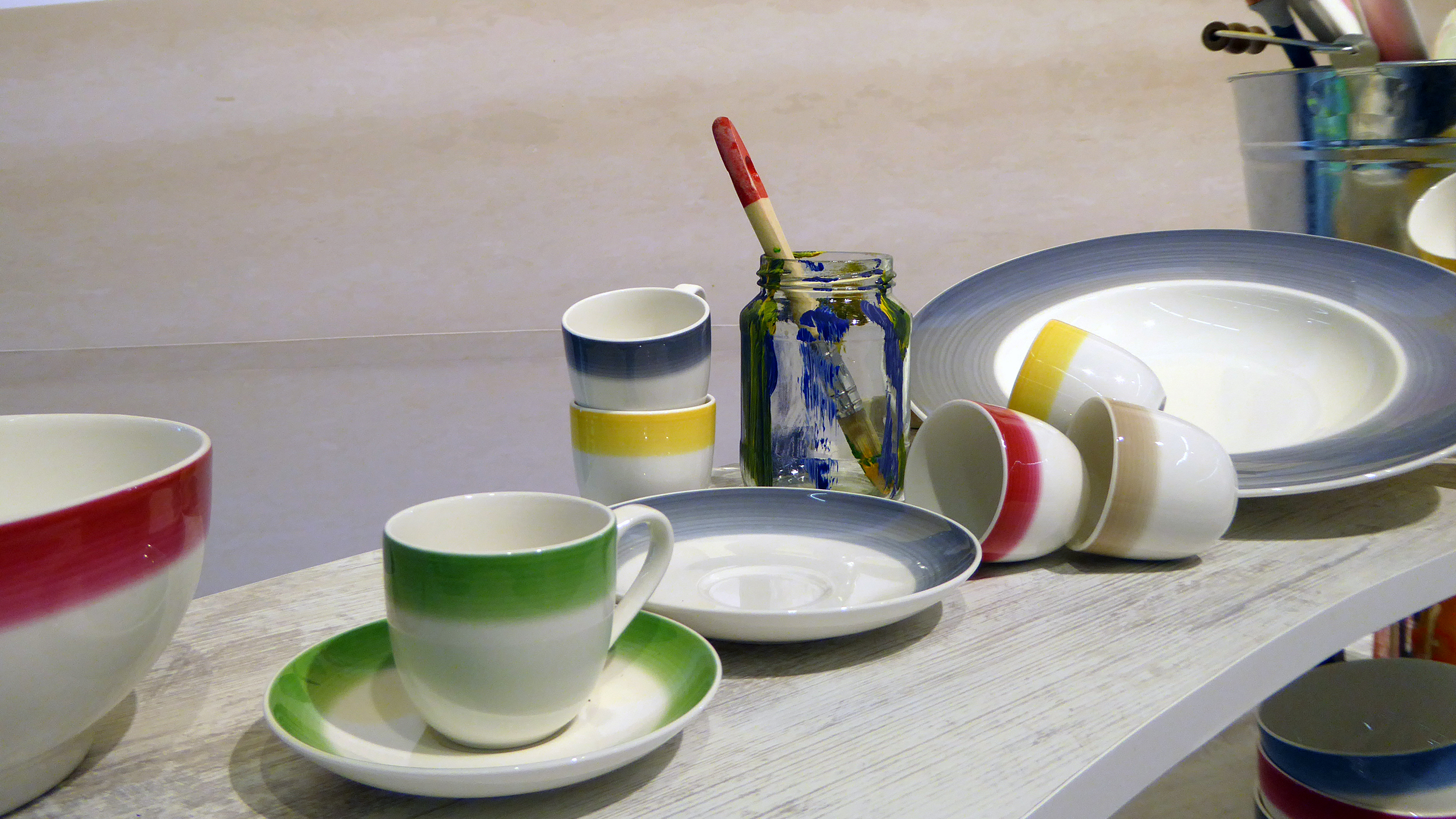 Painterly Effects: 2017 Tabletop Dinnerware Trends | The Decorating Diva, LLC